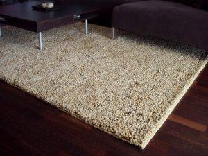 Kusový koberec ještě nevyšel z módy!