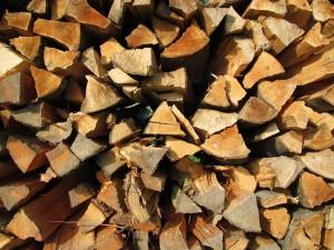 Dřevo nebo cihla?