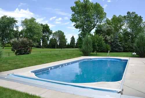 Venkovní zapuštěné bazény do země akce – postavte si bazén levněji